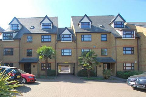 2 bedroom flat for sale - Albemarle Park, Albemarle Road, BECKENHAM, Kent