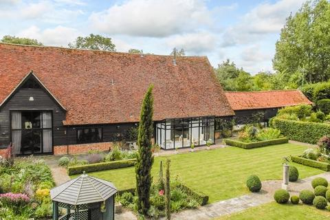 6 bedroom barn conversion for sale - Parsonage Farm Barns, High Easter, Chelmsford, CM1