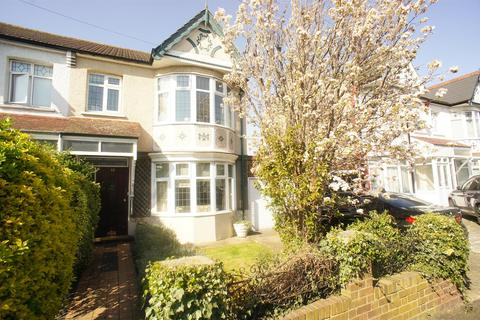 3 bedroom end of terrace house for sale - Rowden Road, London