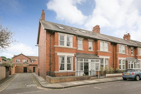 4 bedroom end of terrace house for sale - Mayfield Road, Gosforth, Newcastle upon Tyne