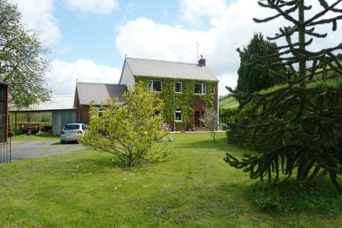 3 bedroom property with land for sale - Whitemill, Carmarthen