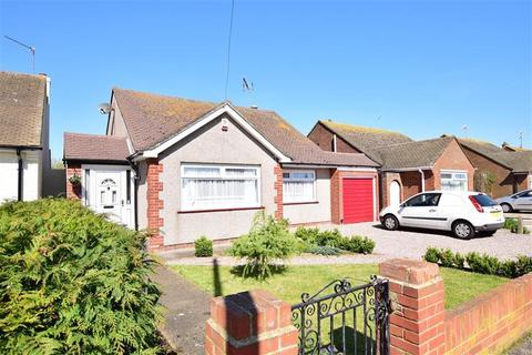 2 bedroom detached bungalow for sale - Clare Drive, Herne Bay, Kent
