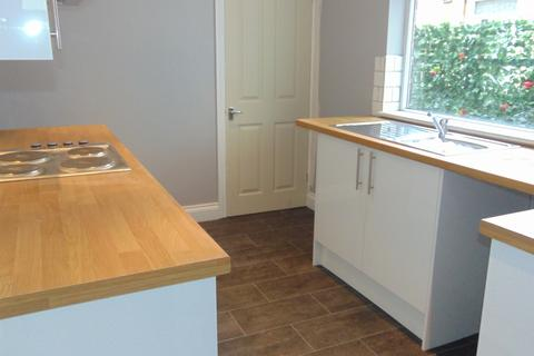 2 bedroom house to rent - STAMSHAW ROAD , NORTH END , PORTSMOUTH  PO2