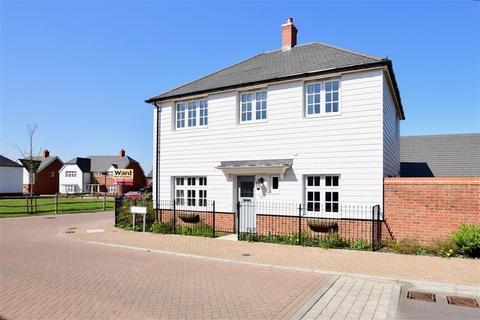3 bedroom detached house for sale - Tippen Way, Marden, Kent