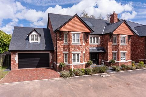6 bedroom detached house for sale - Druidstone Road, Old St Mellons, Cardiff