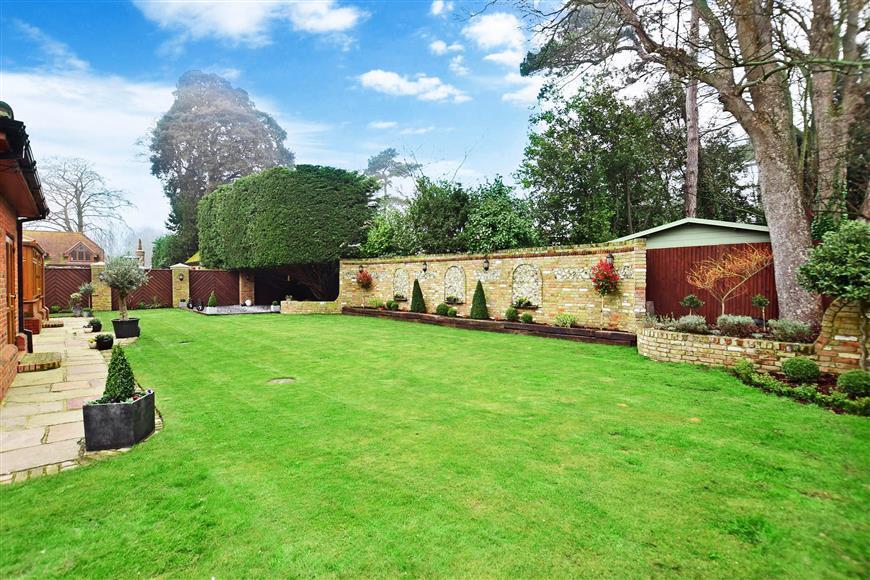 Enhanced Rear Garden