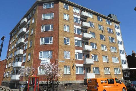 2 bedroom flat to rent - BRAMBLE ROAD, SOUTHSEA