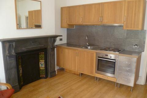 1 bedroom flat to rent - Connaught Road, Roath, ( 1 Bed ), G/F Flat