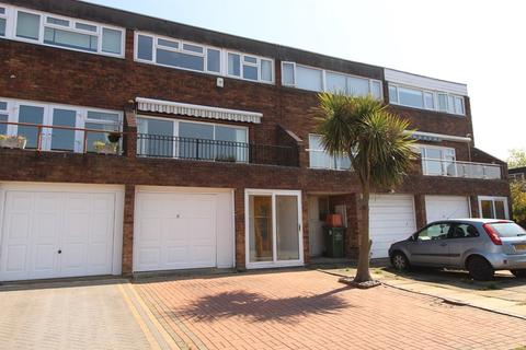 4 bedroom terraced house for sale - Gun Hill Place, Basildon