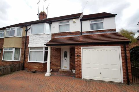 5 bedroom semi-detached house for sale - Knightsway, Leeds
