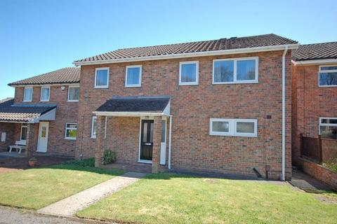 4 bedroom detached house to rent - Mill Gate, Harrogate