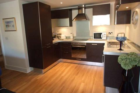1 bedroom apartment to rent - Church Street, Epsom, KT17 4NP