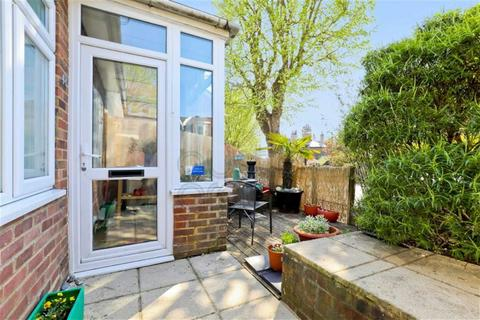 3 bedroom flat for sale - Inwood Crescent, Brighton, East Sussex