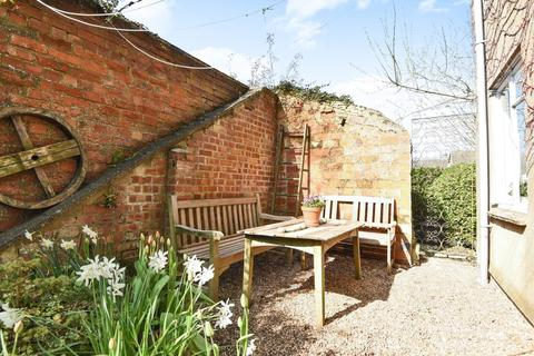 3 bedroom detached house to rent - West Street, Chipping Norton, OX7