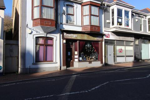 Property to rent - High Street, Ammanford