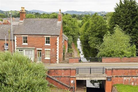 4 bedroom country house for sale - & Caenant Apartment, North Road, Llanymynech, SY22