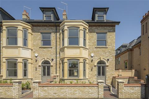 4 bedroom end of terrace house for sale - The Villas, 79 Humberstone Road, Humberstone Road, Cambridge, CB4