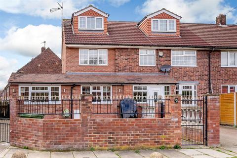4 bedroom semi-detached house for sale - Don Avenue, York, YO24 2PT