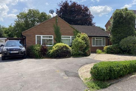 3 bedroom detached bungalow to rent - 3 Drakes Close, Ruishton, Taunton, Somerset, TA3 5LH