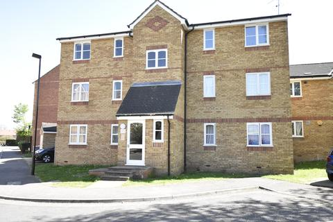 2 bedroom flat for sale - Redford Close, Feltham