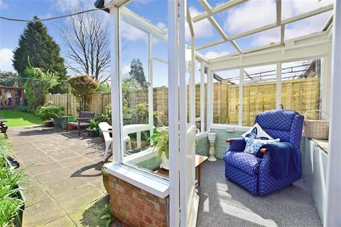 3 bedroom semi-detached house for sale - Vale Avenue, Brighton, East Sussex