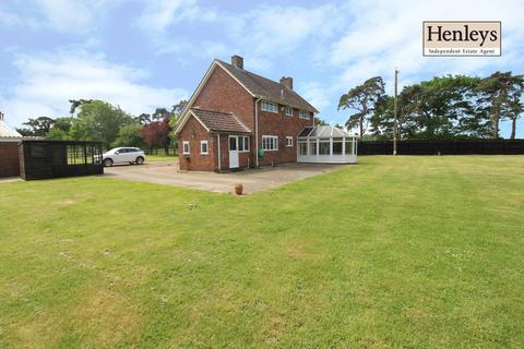 4 bedroom detached house to rent - The Common, Beck Row, Bury St. Edmunds