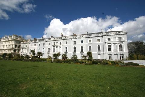 2 bedroom apartment to rent - The Esplanade, The Hoe