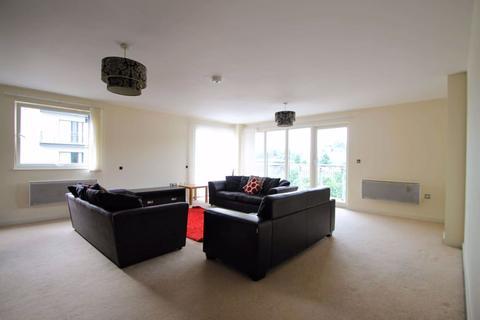 3 bedroom apartment to rent - Victoria Wharf, Watkiss Way, Cardiff Bay