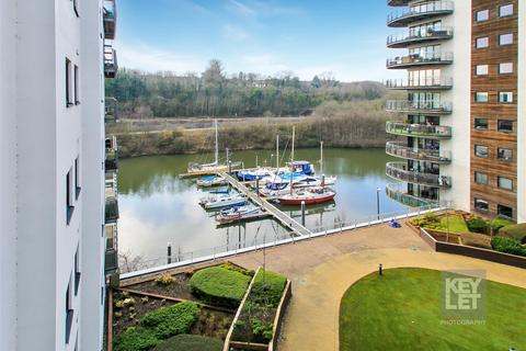 2 bedroom apartment for sale - Victoria Wharf, Cardiff Bay