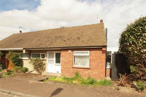1 bedroom semi-detached bungalow for sale - Colin Close, West Wickham, Kent