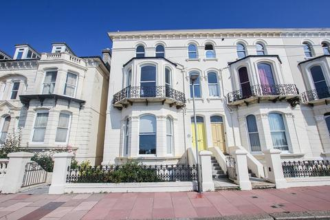 3 bedroom flat - The Penthouse, White Rock Gardens, Hastings, East Sussex.