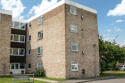 2 bedroom apartment to rent - Tunworth Court, Tadley, Hampshire, RG26