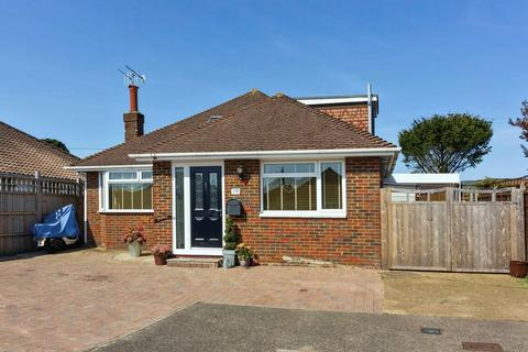 4 bedroom bungalow for sale - Greentrees Close, Sompting