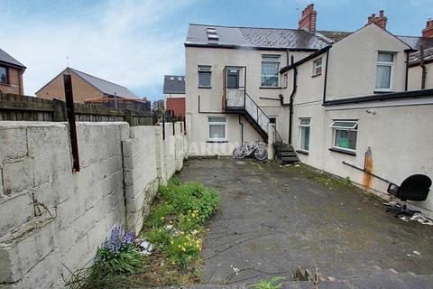 7 bedroom end of terrace house for sale - Ruby Street, Adamsdown, Cardiff