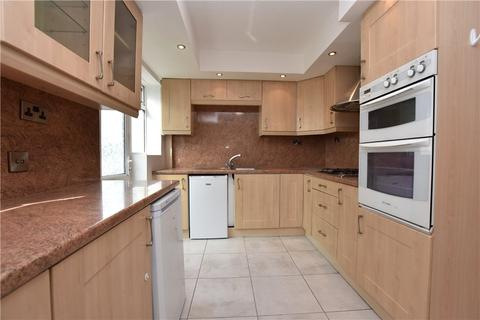 3 bedroom semi-detached house to rent - Spring Valley Drive, Bramley, Leeds