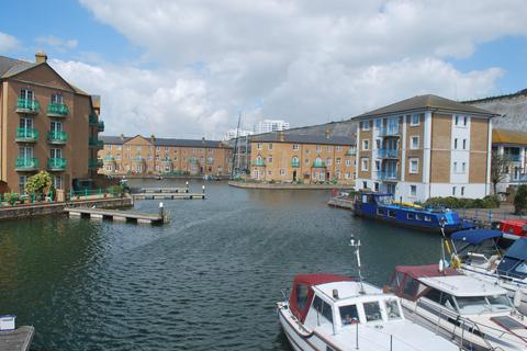 2 bedroom apartment to rent - Victory Mews, The Strand, Brighton Marina, Brighton BN2
