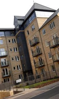 Studio to rent - Cross Bedford Street, Sheffield, S6 3BA