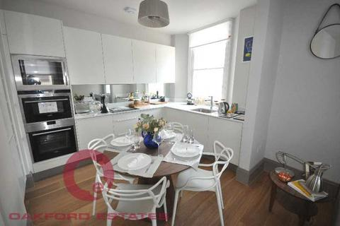2 bedroom flat to rent - Goodge Street, Fitzrovia, London W1T