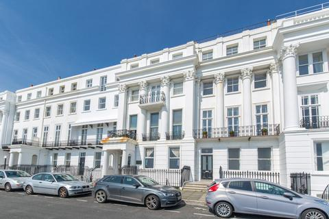 3 bedroom flat for sale - Arundel Terrace, Kemp Town, Brighton