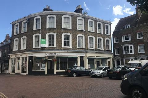 Retail property (high street) to rent - A3 RESTAURANT PREMISES TO BE LET ON NEW LEASE