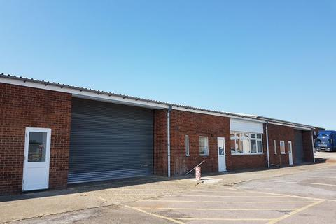 Industrial unit to rent - MODERN INDUSTRIAL/TRADE COUNTER UNIT TO BE LET ON ESTABLISHED ESTATE