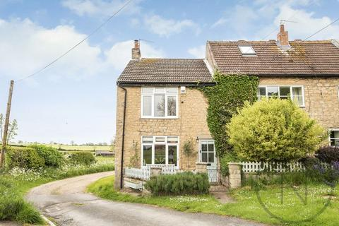 2 bedroom cottage for sale - The Green, Brafferton Village, Darlington