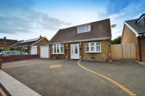 3 bedroom detached bungalow for sale - Long Lane South, Middlewich, CW10 0at