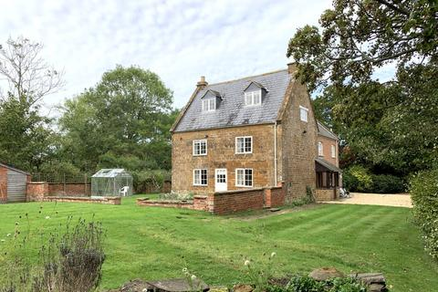 4 bedroom detached house to rent - Middle Tysoe, Warwick