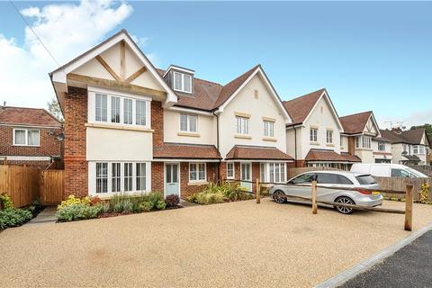 5 bedroom semi-detached house to rent - New Road, Ascot, Berkshire, SL5