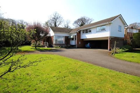 4 bedroom detached house for sale - The Dales, Cottingham, HU16
