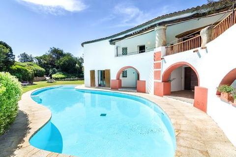 5 bedroom villa  - Cala di Volpe, Sardinia