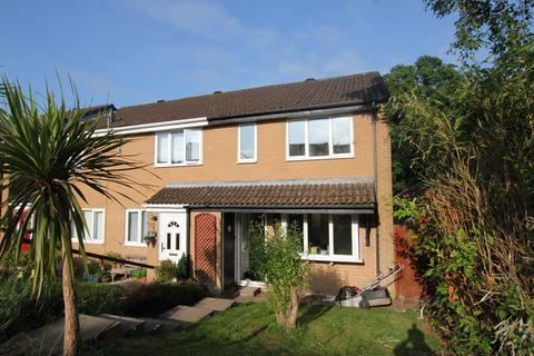 3 bedroom end of terrace house for sale - Thames Close, West End