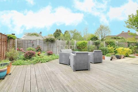2 bedroom bungalow for sale - Purley Close, Clayhall