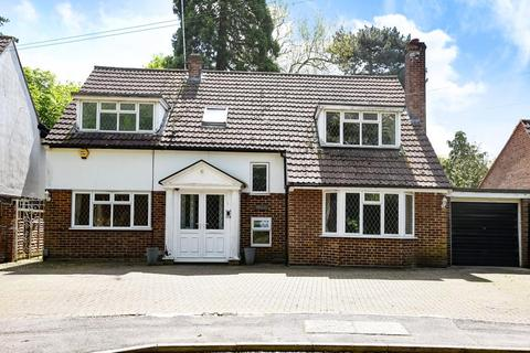4 bedroom detached house to rent - Elstree, Borehamwood, WD6